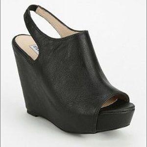 Steve Madden Blassst platform Wedge Sandals  10